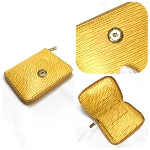 Auc Carolina Herrera Yellow Leather Zippy Wallet